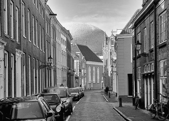 _DSC5066-Zwolle-Koestraat-UFO-Fundatie-zw