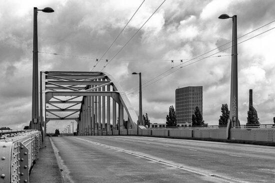 _DSC3373-Arnhem-bridge-06082021-zw-web